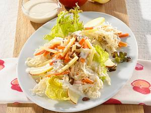 Sauerkraut-Salat mit Käse Rezept