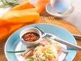Sauerkraut-Salat mit scharfem Dip Rezept