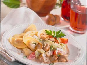 Schinken-Panzerotti und Pilzgemüse Rezept