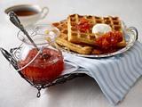 Schmandwaffeln mit Blutorangen- Rooibos-Marmelade Rezept