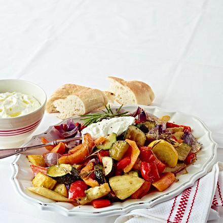 Schmorgemüse mit Feta-Dip Rezept