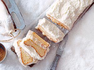 Schneewolken-Kuchen mit Kokosgestöber Rezept