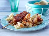 Schnelle Hähnchenspieße mit Möhren-Rosinen-Reis Rezept