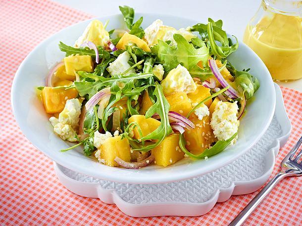 Schneller Asiasalat mit Mango Rezept