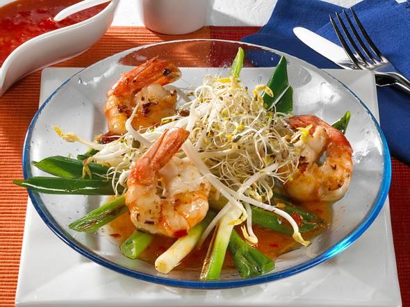 Schneller Sprossen-Salat mit Garnelen Rezept