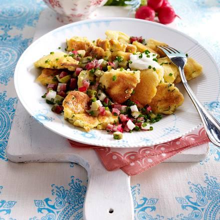 Schnittlauch-Schmarrn mit Katenschinken-Tatar Rezept