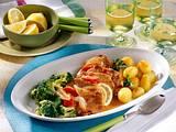 Schnitzel in Zwiebel-Tomatensoße Rezept