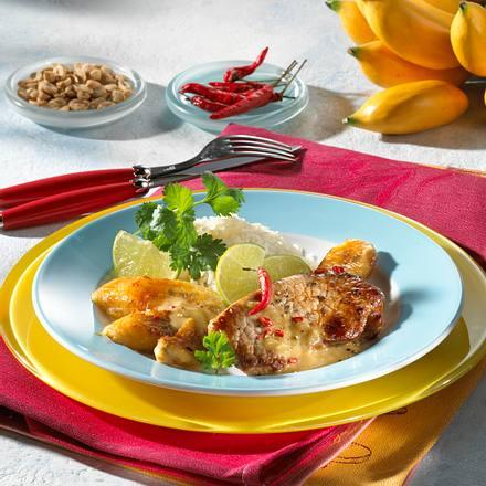 Schnitzel mit Erdnuss-Soße Rezept