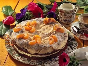 Schoko-Baisertorte mit Mandarinen Rezept