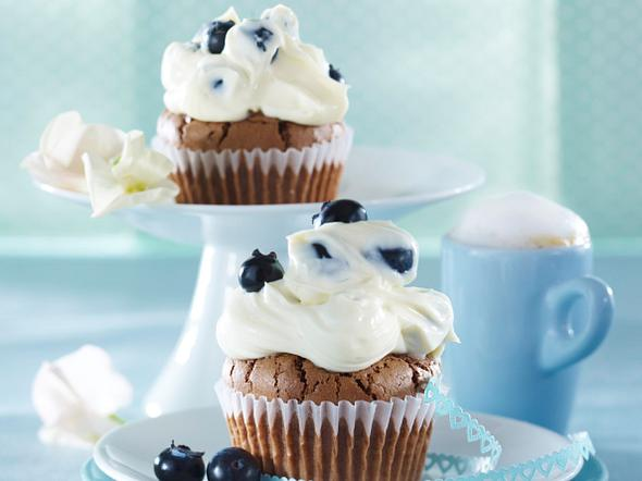Schoko-Cupcakes mit Heidelbeer-Mascarpone-Creme (vier mal anders) Rezept