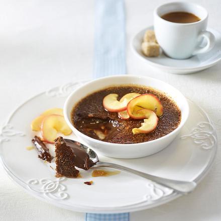 Schokoladen-Crème-brûlée mit Karamelläpfeln Rezept