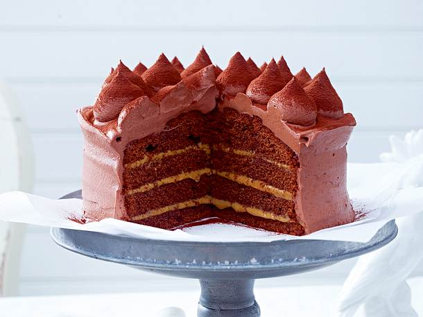 schokoladen karamell torte mit ganache rezept lecker. Black Bedroom Furniture Sets. Home Design Ideas