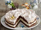 Schokoladen-Schneemousse-Torte mit Sahne Rezept