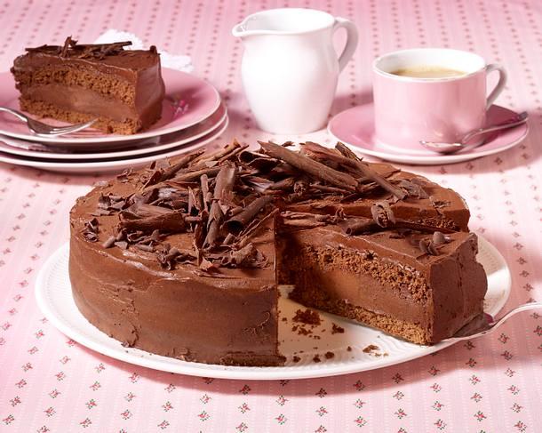 schokoladen torte mit himbeeren rezept lecker. Black Bedroom Furniture Sets. Home Design Ideas