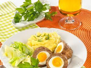Schottische Eier zu Spitzkohl Rezept