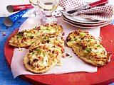 Schwäbische Fastnets Dinnele - Kleine Flammkuchen mit Speck und Zwiebeln Rezept