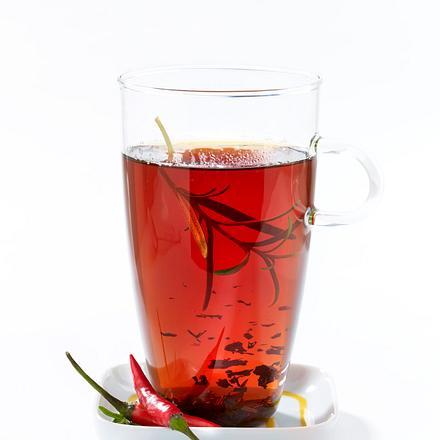 Schwarzer Tee mit Chili und Rosmarin Rezept