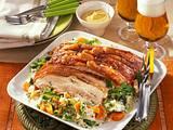 Schweinebauch-Krusten-Braten mit Wirsing-Möhren-Gemüse Rezept