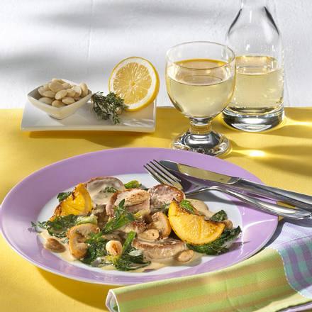 Schweinefilet mit Spinat, Champignons und Mandeln in Senfsoße Rezept