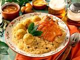 Schweinehaxe mit Sauerkraut und Semmelknödeln Rezept