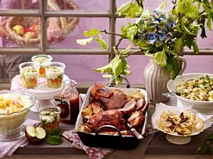 Schweinenacken und Putenoberkeule mit Äpfeln Rezept