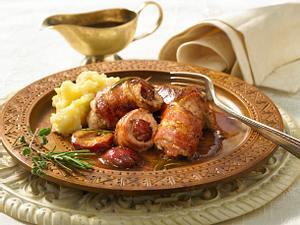 Schweineröllchen mit Pflaumen zu Kartoffel-Sellerie-Püree Rezept