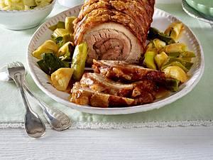 Schweinerollbraten mit Porree und Kartoffelpüree Rezept