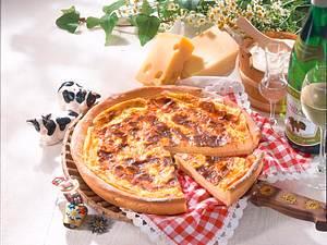 Schweizer Käsewähe mit Mürbeteig Rezept