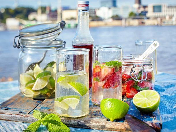 Secco mit Erdbeere und Limes Rezept