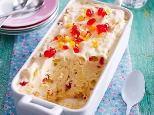 Selbstgemachtes Vanille-Eis mit kandierten Früchten und Kirschwasser Rezept