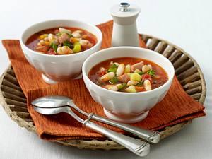 Serbische Bohnensuppe (bei Mutti essen) Rezept