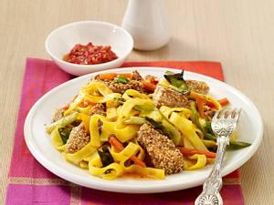 Sesamschnitzelstreifen zu Wokgemüse Rezept