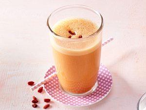 Joghurt-Sunrise mit Gojibeeren Rezept