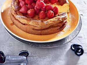 Simpler Käsekuchen mit Erdbeeren Rezept