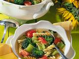 Sommersuppe mit Gemüse Rezept