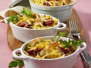 Spätzle-Auflauf mit Cabanossi, Paprika, Champignons und Eiermilch Rezept