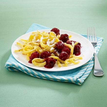 Spätzle mit Kirschkompott Rezept