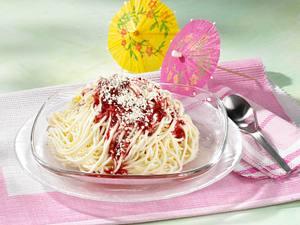 Spaghetti-Eis mit Himbeersoße Rezept