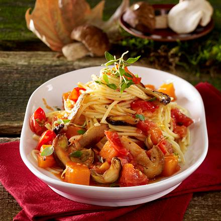 Spaghetti in Steinpilz-Kürbis-Sugo Rezept