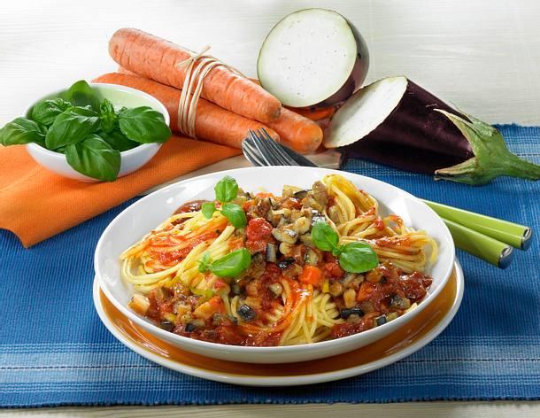 Spaghetti mit Auberginen-Bolognese (für 1 Portion) Rezept