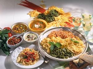 Spaghetti mit Cremiger Möhrensoße und Sesam Rezept