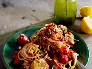Spaghetti mit Falafel-Bällchen Rezept