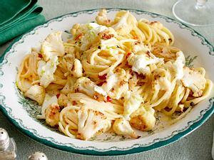 Spaghetti mit gebratenen Blumenkohlröschen und Büffelmozzarella Rezept