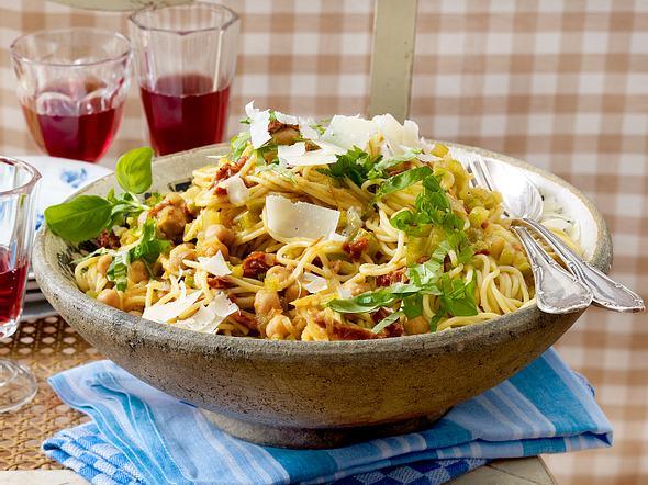 Spaghetti mit Kichererbsen-Gemüse-Sugo Rezept