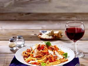 Spaghetti mit Puten-Bolognese Rezept