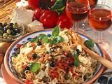 Spaghetti mit Schafskäse und Oliven Rezept