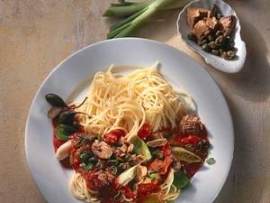 Spaghetti mit Thunfisch-Kapernsoße Rezept