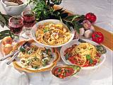 Spaghetti mit Tomaten-Gemüse-Soße Rezept