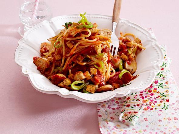 Spaghetti mit veganer Tofu-Bolognese Rezept