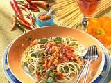 Spaghetti und Bandnudeln mit Tomatensoße Rezept